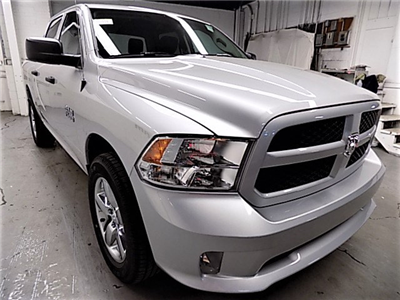 2017 Ram 1500 Crew Cab 4x4,  Pickup #HS772490 - photo 3