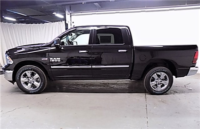2018 Ram 1500 Crew Cab 4x4, Pickup #JG118457 - photo 7