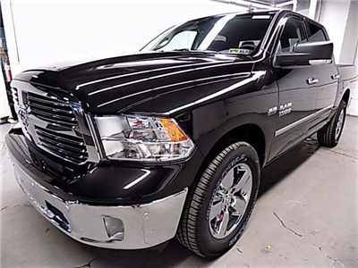 2018 Ram 1500 Crew Cab 4x4, Pickup #JG118457 - photo 1