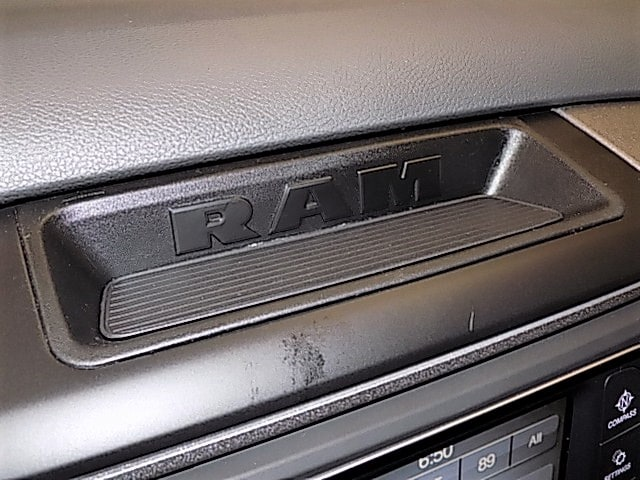 2018 Ram 1500 Regular Cab 4x4,  Pickup #JG133872 - photo 14
