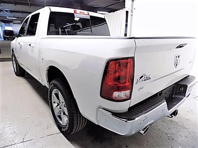 2018 Ram 1500 Crew Cab 4x4, Pickup #JG138337 - photo 2