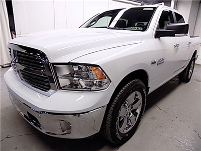 2018 Ram 1500 Crew Cab 4x4, Pickup #JG138337 - photo 1