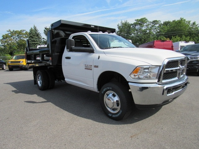 2018 Ram 3500 Regular Cab DRW 4x4,  Reading Dump Body #JG259368 - photo 3