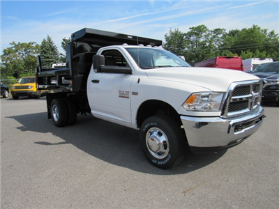 2018 Ram 3500 Regular Cab DRW 4x4,  Reading Marauder Standard Duty Dump Body #JG259368 - photo 3