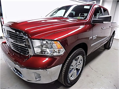 2018 Ram 1500 Crew Cab 4x4 Pickup #JS102439 - photo 1
