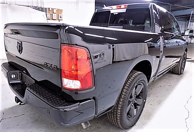 2018 Ram 1500 Crew Cab 4x4 Pickup #JS129213 - photo 5