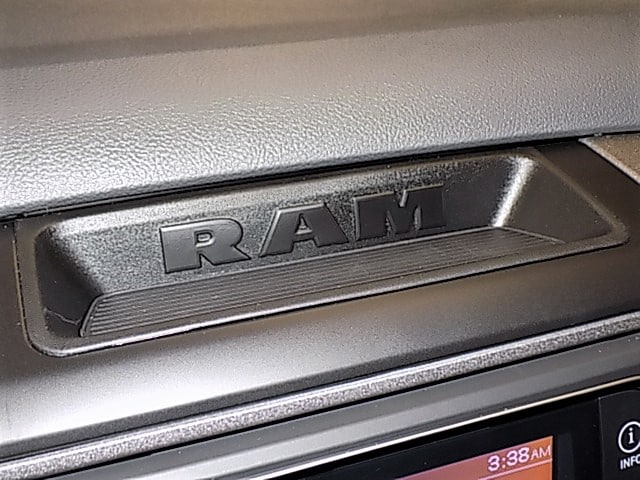 2018 Ram 1500 Quad Cab 4x4, Pickup #JS215855 - photo 14