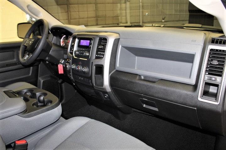 2018 Ram 1500 Crew Cab 4x4,  Pickup #JS277158 - photo 32