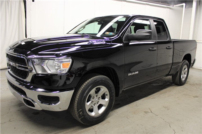 2019 Ram 1500 Quad Cab 4x4, Pickup #KN532647 - photo 1