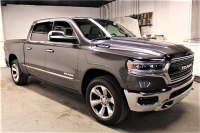 2019 Ram 1500 Crew Cab 4x4,  Pickup #KN545293 - photo 3