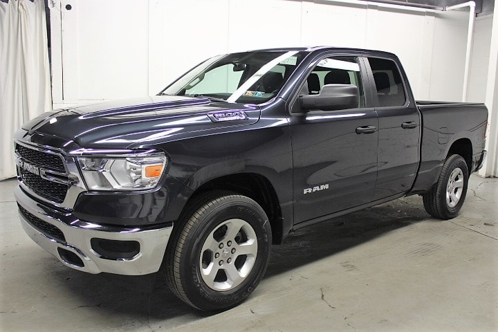 2019 Ram 1500 Quad Cab 4x4,  Pickup #KN591754 - photo 1