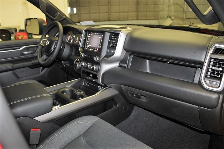 2019 Ram 1500 Crew Cab 4x4,  Pickup #KN636622 - photo 31