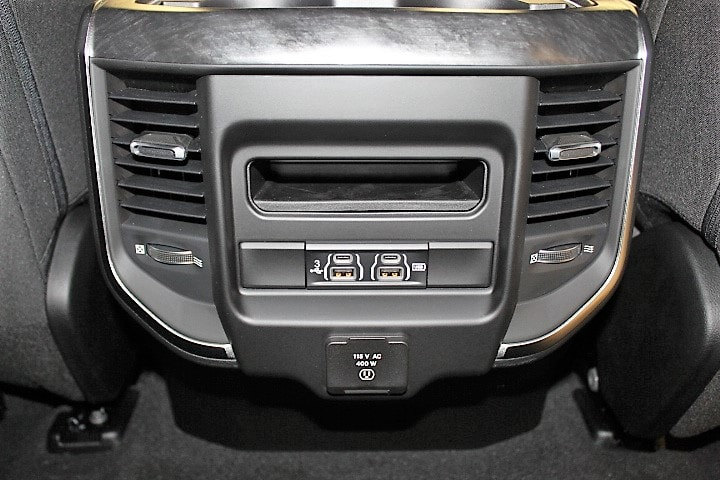 2019 Ram 1500 Crew Cab 4x4,  Pickup #KN646023 - photo 37
