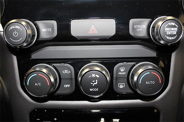 2019 Ram 1500 Crew Cab 4x4,  Pickup #KN653272 - photo 24