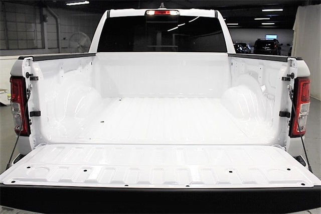 2019 Ram 1500 Crew Cab 4x4,  Pickup #KN653272 - photo 38