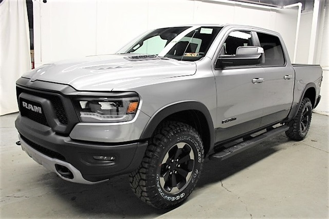 2019 Ram 1500 Crew Cab 4x4,  Pickup #KN657559 - photo 1