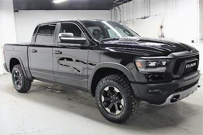 2019 Ram 1500 Crew Cab 4x4,  Pickup #KN693583 - photo 3