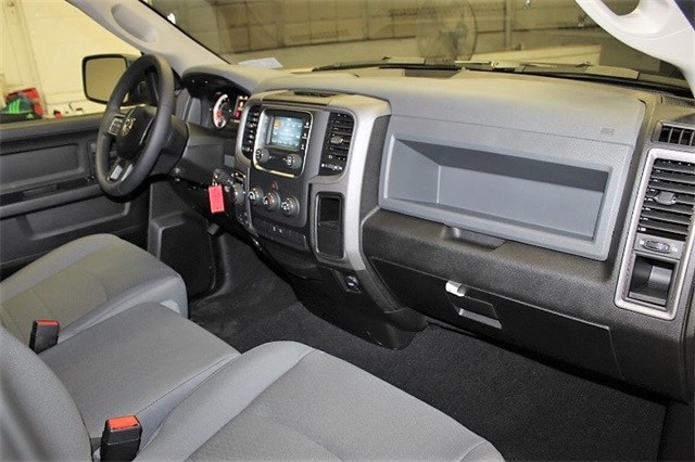 2019 Ram 1500 Quad Cab 4x4,  Pickup #KS519689 - photo 32