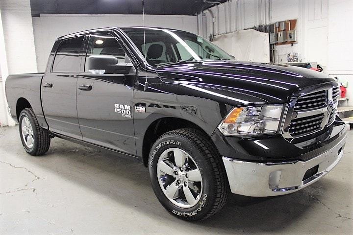 2019 Ram 1500 Crew Cab 4x4,  Pickup #KS535038 - photo 3