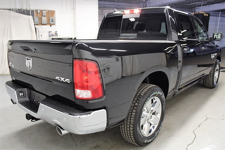 2019 Ram 1500 Crew Cab 4x4,  Pickup #KS535038 - photo 5
