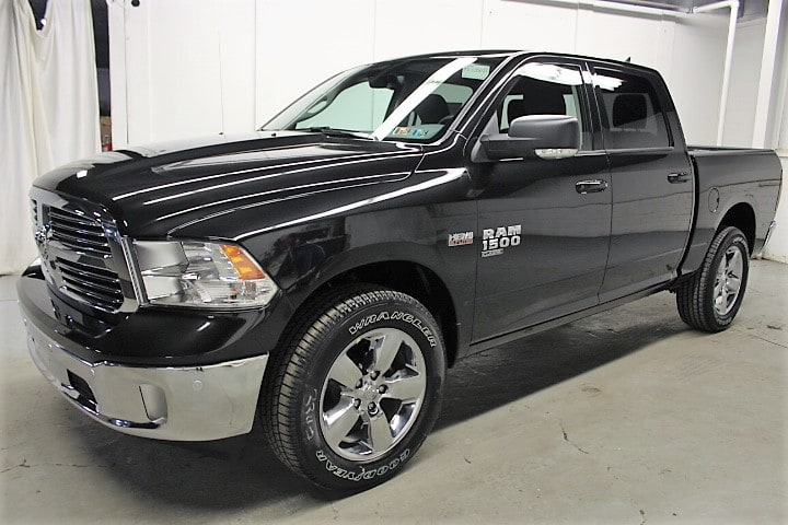 2019 Ram 1500 Crew Cab 4x4,  Pickup #KS535038 - photo 1