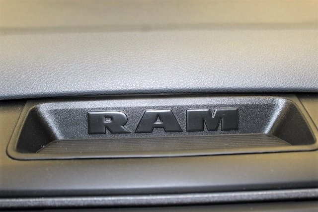 2019 Ram 1500 Crew Cab 4x4,  Pickup #KS579316 - photo 12