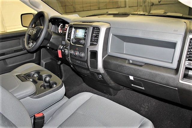 2019 Ram 1500 Crew Cab 4x4,  Pickup #KS579316 - photo 33
