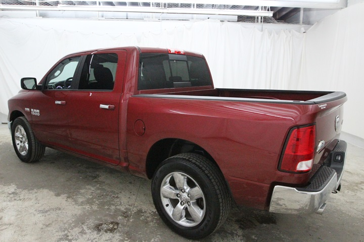 2015 Ram 1500 Crew Cab 4x4, Pickup #FG596569 - photo 9