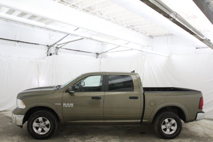 2015 Ram 1500 Crew Cab 4x4, Pickup #FS544079 - photo 8