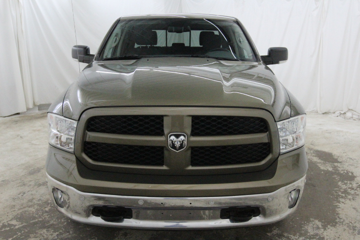 2015 Ram 1500 Crew Cab 4x4, Pickup #FS544079 - photo 10