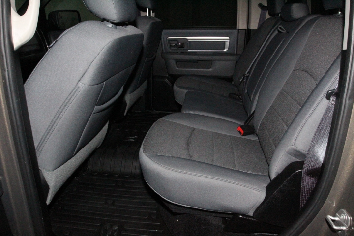 2015 Ram 1500 Crew Cab 4x4, Pickup #FS544079 - photo 26