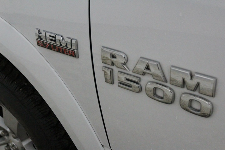 2015 Ram 1500 Crew Cab 4x4, Pickup #FS622168 - photo 18