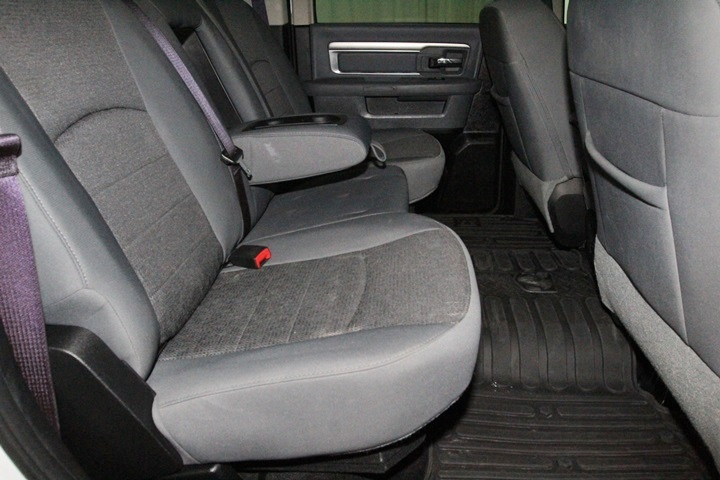 2015 Ram 1500 Crew Cab 4x4, Pickup #FS622168 - photo 29