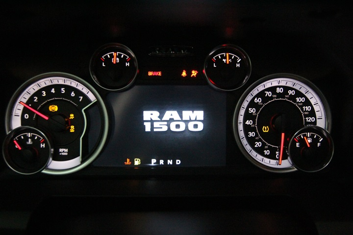 2015 Ram 1500 Crew Cab 4x4, Pickup #FS622168 - photo 37