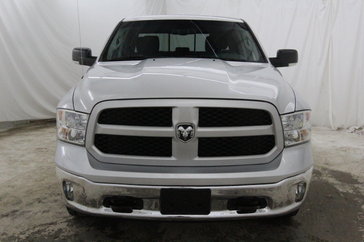2015 Ram 1500 Crew Cab 4x4, Pickup #FS648426 - photo 9