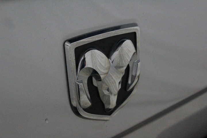2015 Ram 1500 Crew Cab 4x4, Pickup #FS648426 - photo 13