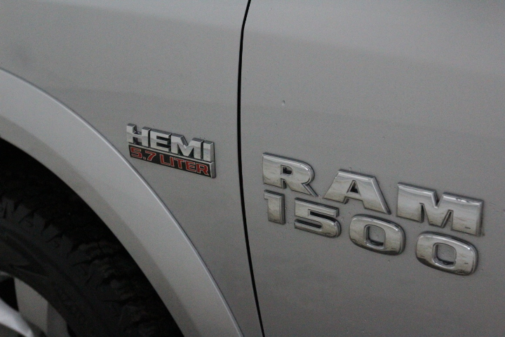 2015 Ram 1500 Crew Cab 4x4, Pickup #FS648426 - photo 17