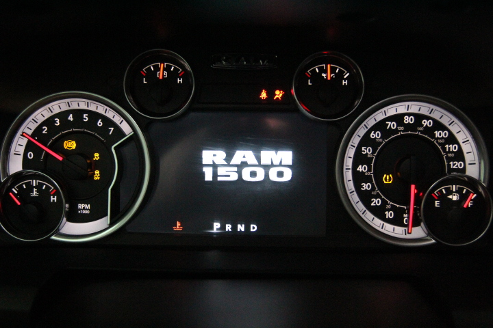2015 Ram 1500 Crew Cab 4x4, Pickup #FS648426 - photo 36