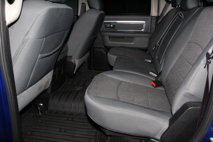 2015 Ram 1500 Crew Cab 4x4, Pickup #FS648887 - photo 25