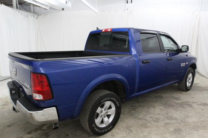 2015 Ram 1500 Crew Cab 4x4, Pickup #FS648887 - photo 2