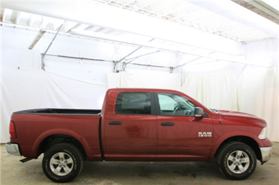 2015 Ram 1500 Crew Cab 4x4,  Pickup #FS713173 - photo 3