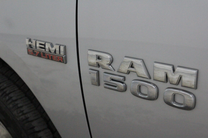 2015 Ram 1500 Crew Cab 4x4, Pickup #FS717521 - photo 17