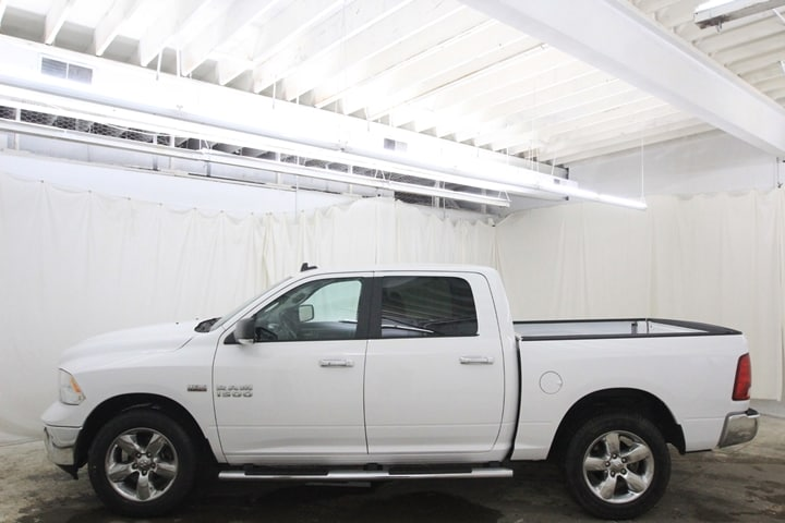 2016 Ram 1500 Crew Cab 4x4 Pickup #GG262522 - photo 8