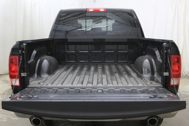 2017 Ram 1500 Crew Cab 4x4,  Pickup #HG511392P - photo 18