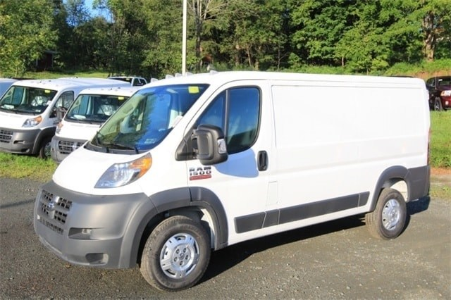2018 ProMaster 1500 Standard Roof FWD,  Empty Cargo Van #JE100483 - photo 10