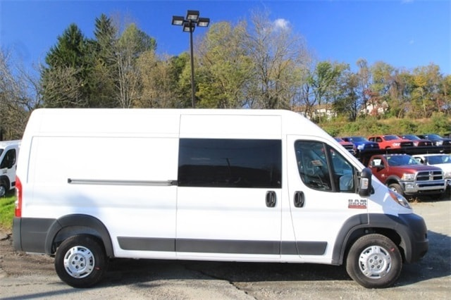 2018 ProMaster 2500 High Roof FWD,  Empty Cargo Van #JE156582 - photo 4