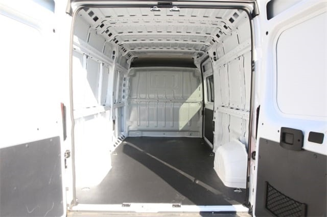 2018 ProMaster 2500 High Roof FWD,  Empty Cargo Van #JE156582 - photo 2