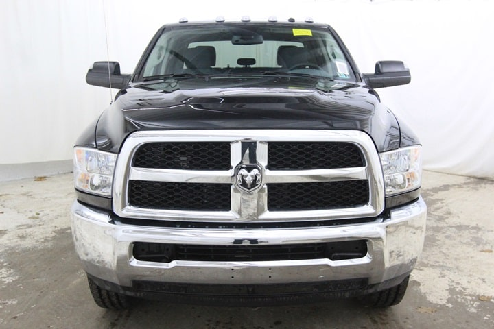 2018 Ram 2500 Crew Cab 4x4 Pickup #JG102582 - photo 9