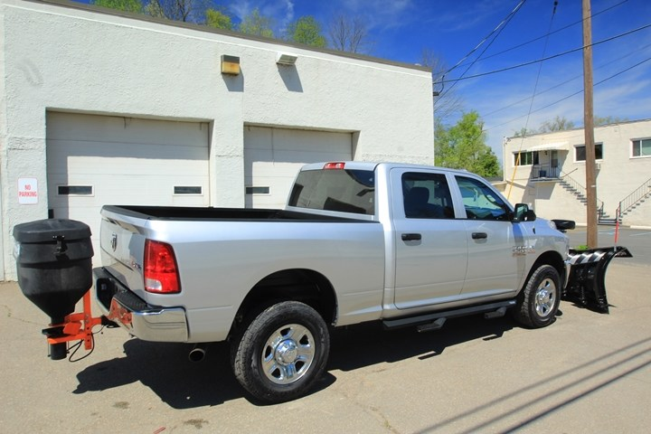 2018 Ram 2500 Crew Cab 4x4, Pickup #JG102589 - photo 2