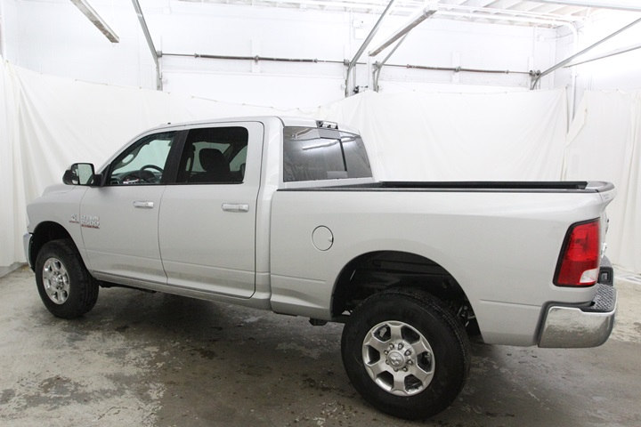 2018 Ram 2500 Crew Cab 4x4 Pickup #JG117999 - photo 7